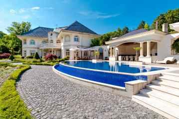 Panoramic exclusive modern villa, III. district